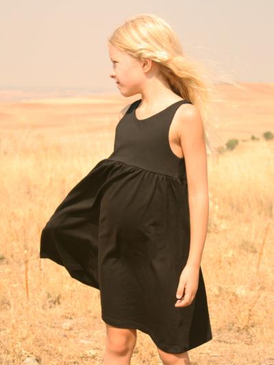 Klänning Sommar, svart 7-8 år